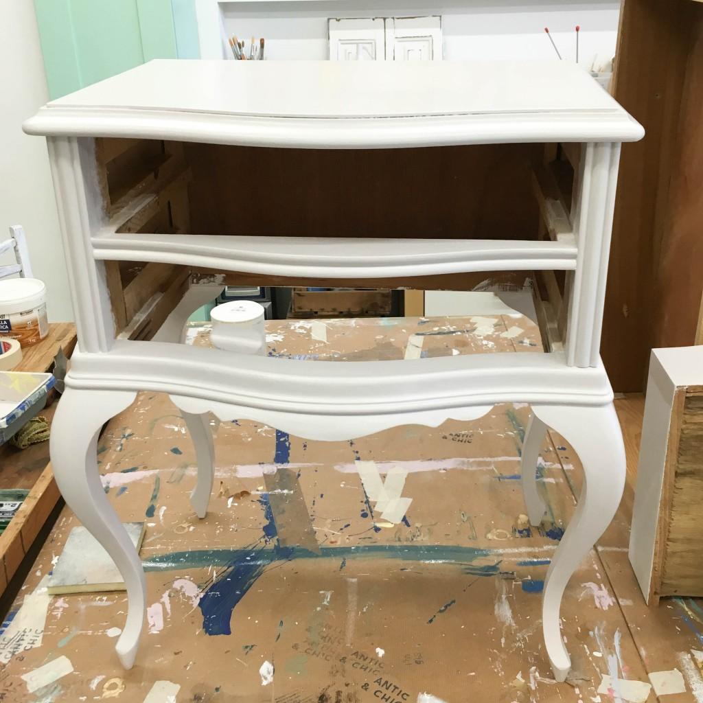 Transformar Una Mesita De Noche Con Efecto Lacado En El Taller  ~ Reparar Arañazos Muebles Lacados