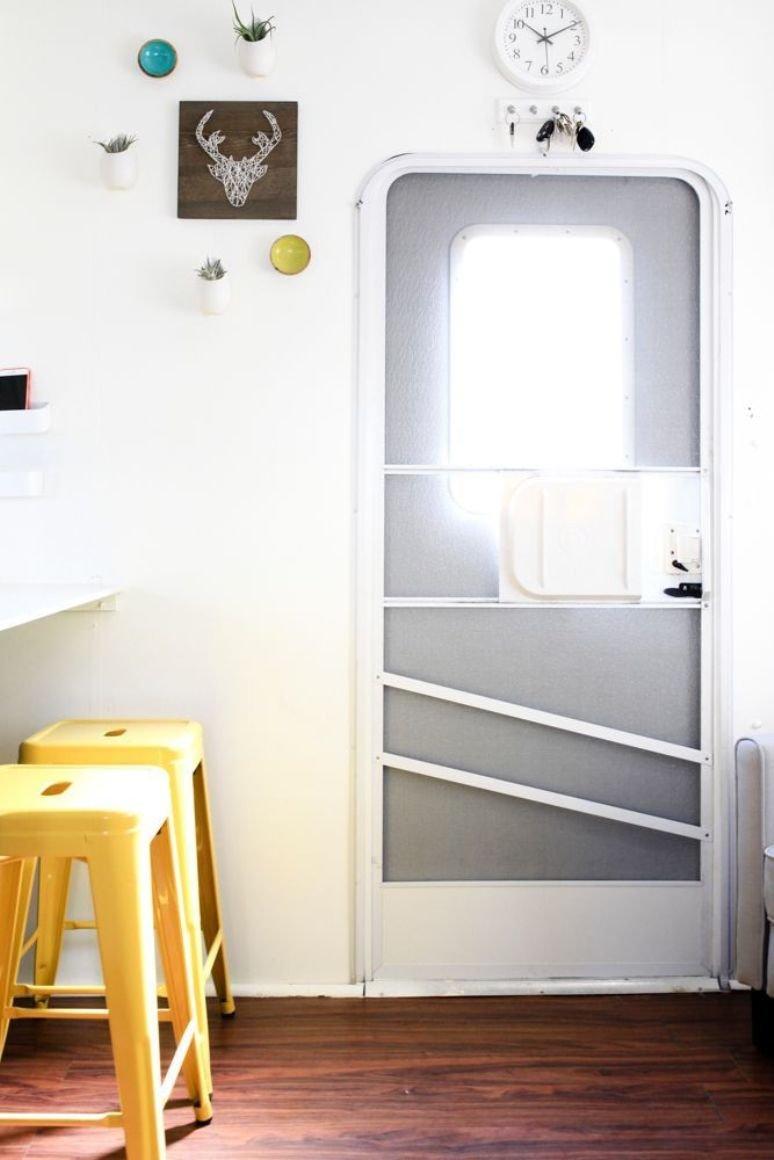 Una caravana llena de ideas para espacios pequeños