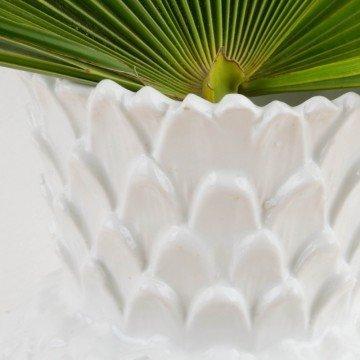 Jarrón blanco con forma de piña