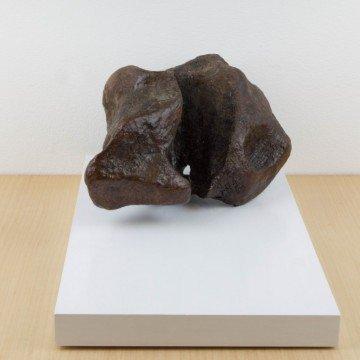 Escultura abstracta, Contener el dolor, 2007
