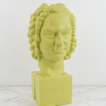 Busto de Bach en verde lima