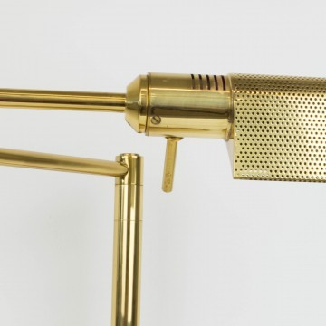 Lámpara de escritorio dorada