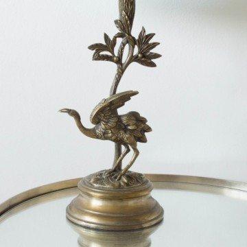 Lámpara con figura de pájaro