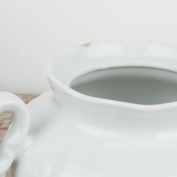 Azucarero de porcelana blanca