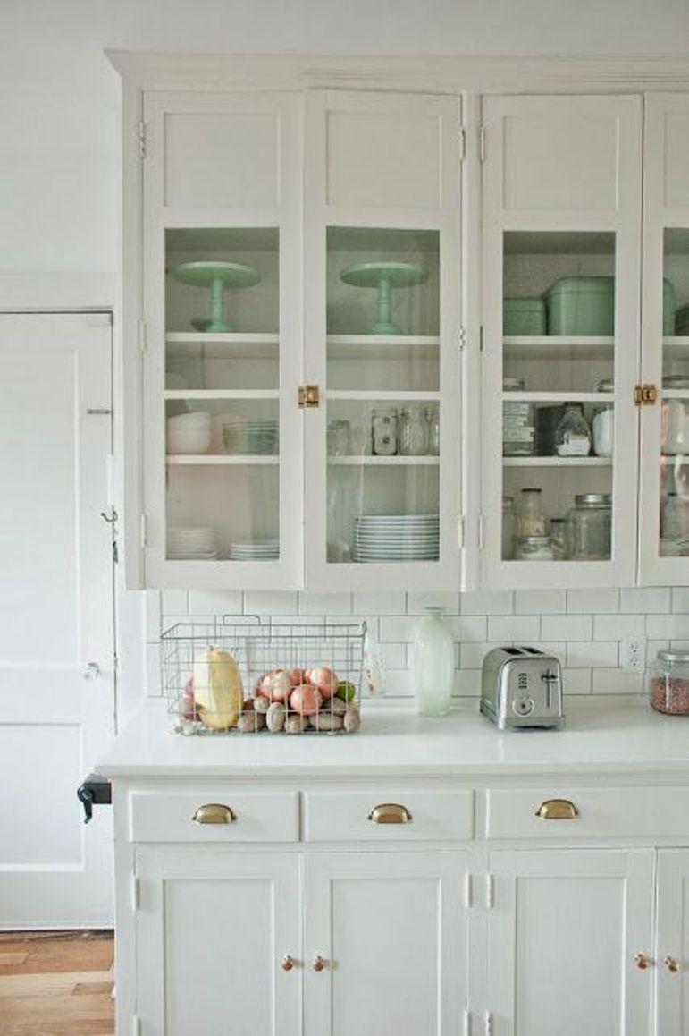 Como Reutilizar Unas Puertas De Cocina De Madera Maciza Get The Look
