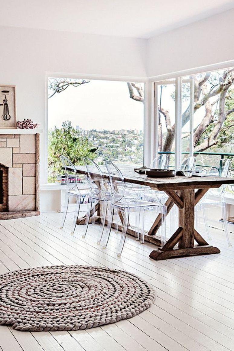 Cómo decorar un comedor con una mesa de madera contundente | Get the ...