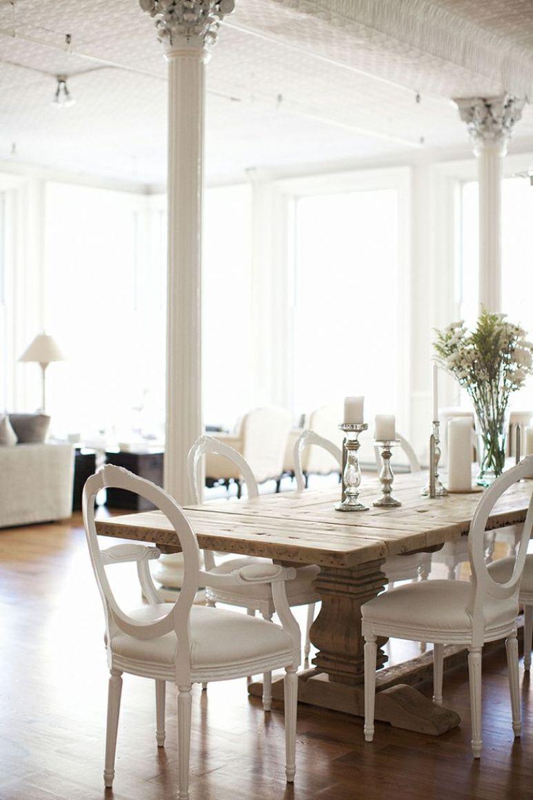 Cómo decorar un comedor con una mesa de madera contundente ...