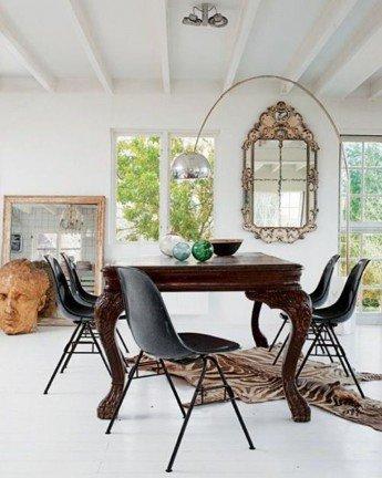 Cómo decorar un comedor con una mesa de madera contundente
