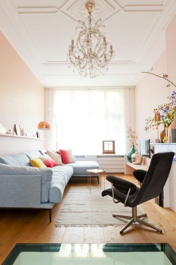 Un apartamento moderno pintado de rosa