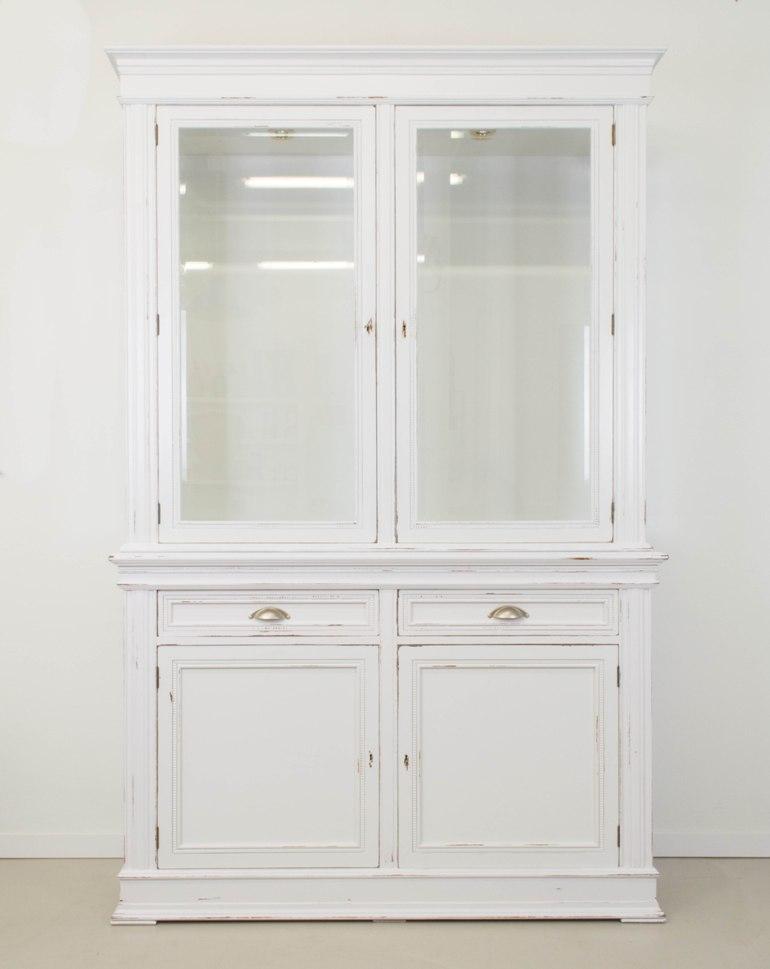 Transformar los muebles de comedor en blanco decap en for Lacar muebles en blanco a pistola