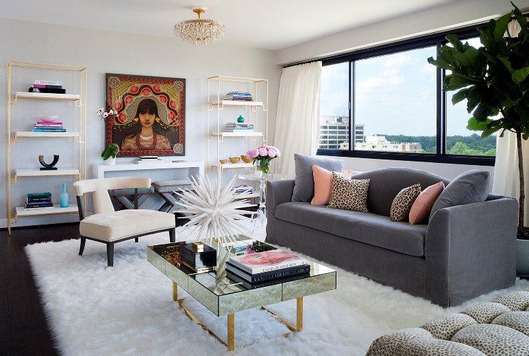 Glamour en el apartamento de una amante de la moda