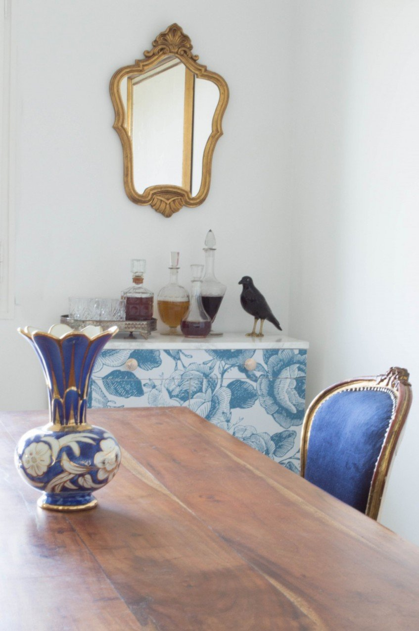 Cómo decorar un mueble con vinilo, paso a paso