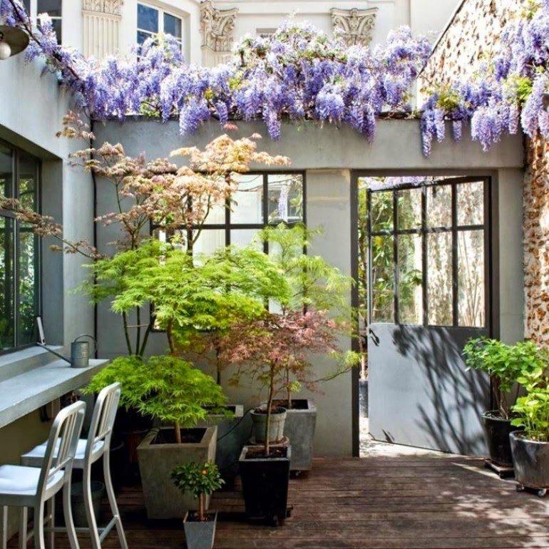 Cómo decorar pequeños jardines