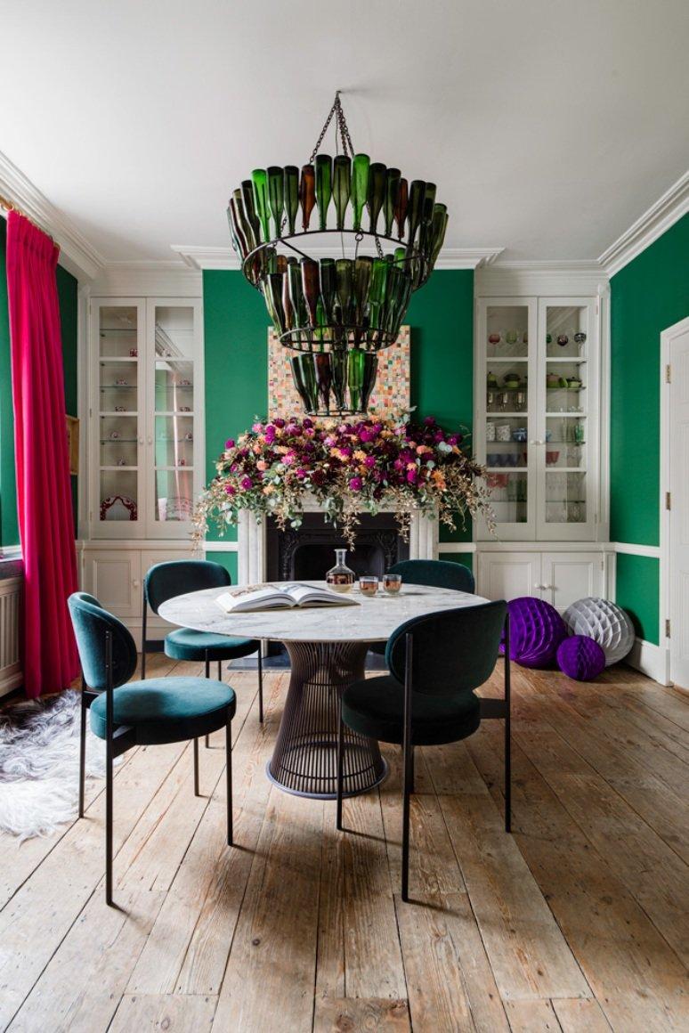 Una casa clásica que el color trae de vuelta al presente