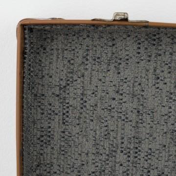 Maleta de cartón antigua restaurada
