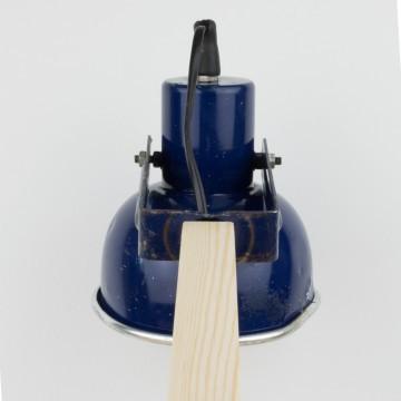 Lámpara a partir de antiguo foco azul marino