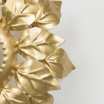 Antiguo aplique dorado de hojas
