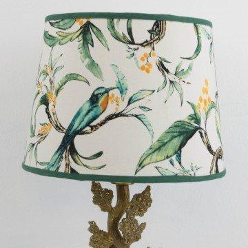 Lámpara de bronce con forma de árbol