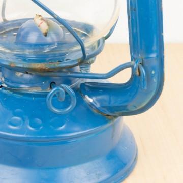 Farol o lámpara de parafina azul