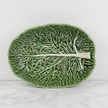 Fuente portuguesa con forma de hoja de col