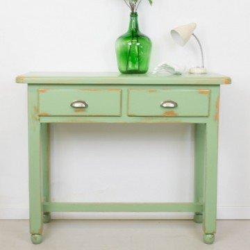 Consola rústica en verde grisáceo