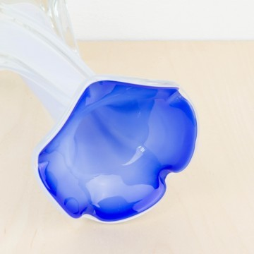 Pequeño jarrón de cristal de Murano azul