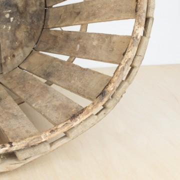 Caja de madera ovalada de transporte
