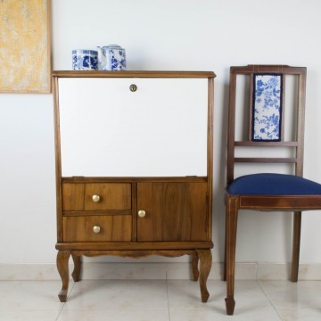 Mueble licorero Cesca