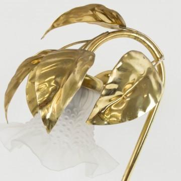 Lámpara de hojas doradas