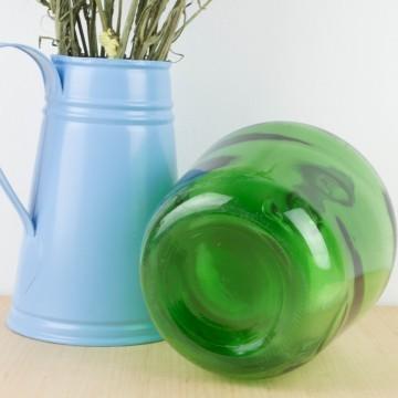 Damajuana pequeña de vidrio verde